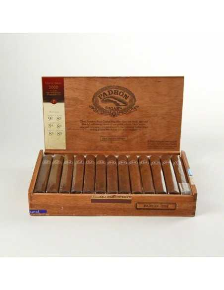 PADRON 2000 Series Robusto Natural 26 Padron Padron